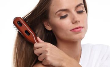 間違った洗い方は痛みの原因に!美髪を手に入れる正しいシャンプーの方法を伝授します